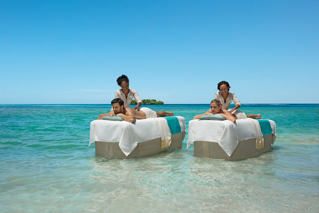 Zoëtry Montego Bay Jamaica - Couples massage by the sea